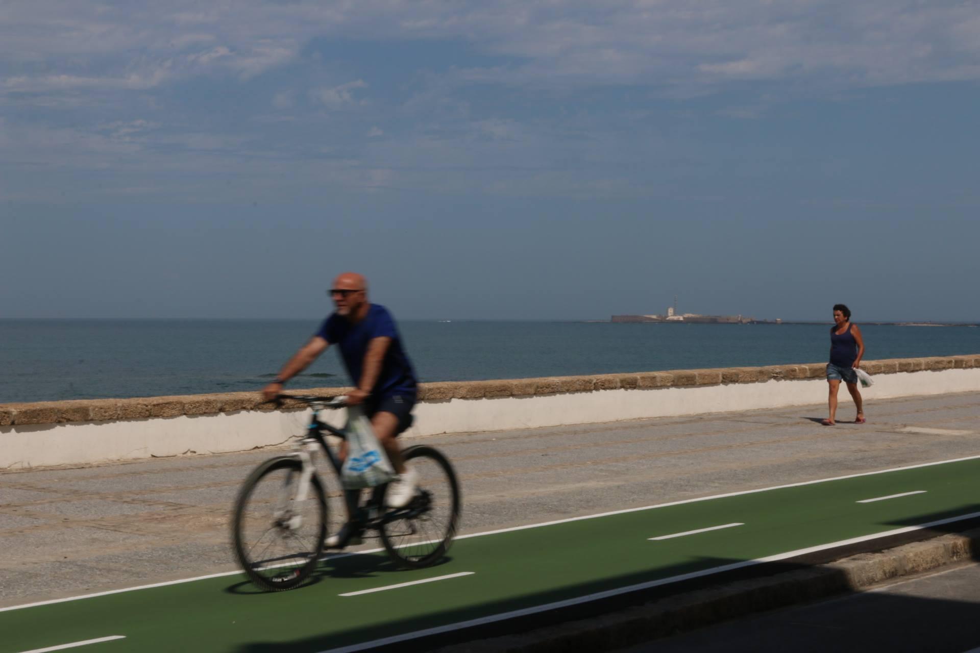 Ganar Cádiz celebra la apertura del primer ramal del carril bici